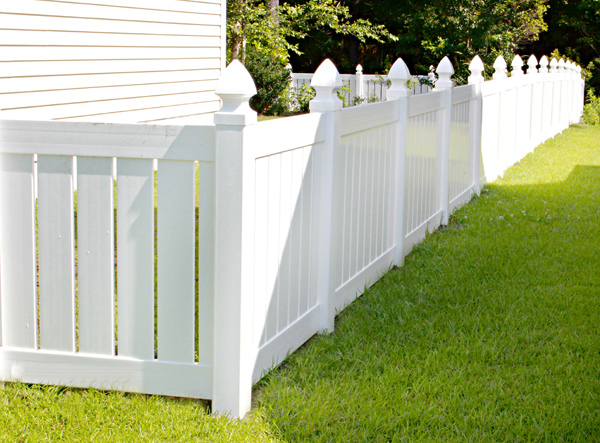 100% Virgin Material PVC Fence