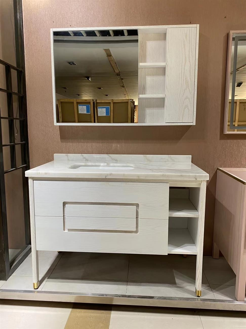CBM customized manufacture red oak solid wood bathroom vanity